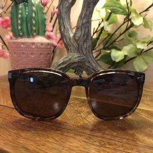 🆕 Wildfox Geena Coconut Oversized Sunglasses